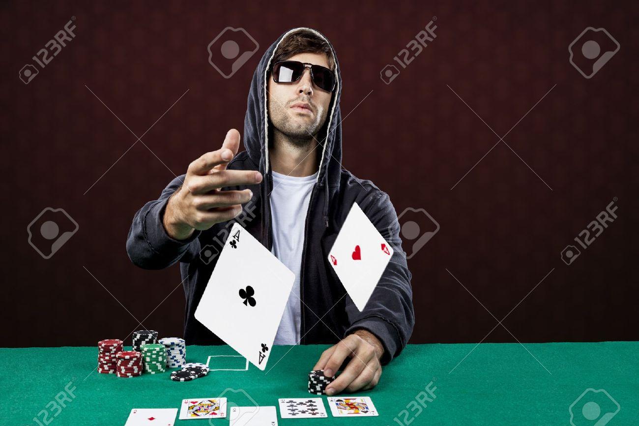 Casino en ligne : jouer au poker même lorsque l'on est débutant